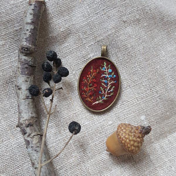 haftowany naszyjnik leśne żywioły