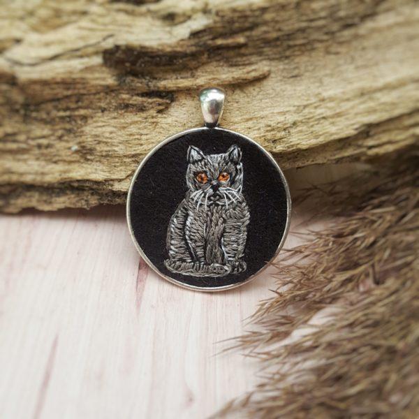 haftowany naszyjnik kot brytyjski